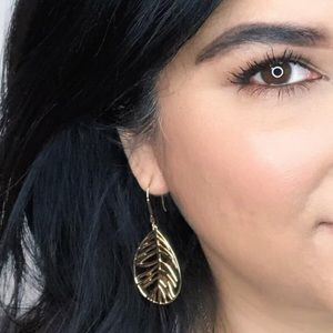 Stella & Dot Filigree Earrings